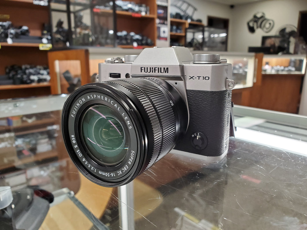 Fujifilm X-T10 16MP, 8 FPS, 3
