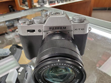 "Load image into Gallery viewer, Fujifilm X-T10 16MP, 8 FPS, 3"" Tilt Screen, Digital Camera- Used Condition 9/10 - Paramount Camera & Repair - Saskatoon Canada Used Cameras Used Lenses Batteries Grips Chargers Studio"