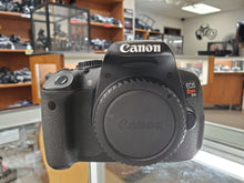 Load image into Gallery viewer, Canon Rebel T4i - 18MP 1080p DSLR w/ Touchscreen, Battery & Charger, Condition 9.8/10 - Paramount Camera & Repair - Saskatoon Canada Used Cameras Used Lenses Batteries Grips Chargers Studio