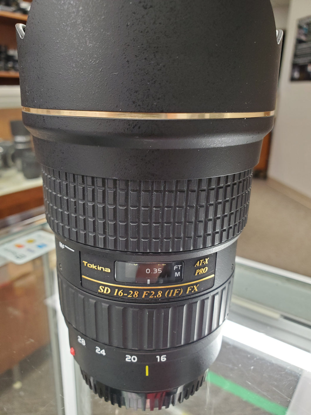 Tokina SD 16-28mm f/2.8 AT-X Pro FX Wide Angle Lens - for Canon - Condition 10/10 - Paramount Camera & Repair - Saskatoon Canada Used Cameras Used Lenses Batteries Grips Chargers Studio