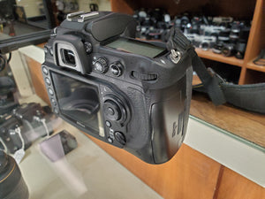 Nikon D300S DX 12.3MP DSLR, Low Shutter Count  - Used Condition 10/10 - Paramount Camera & Repair