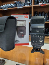 Load image into Gallery viewer, Canon 420EX Speedlite Flash - Excellent Condition 9/10