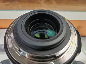 Canon EF-S 18-200mm f/3.5-5.6 IS lens - Used Condition 9/10