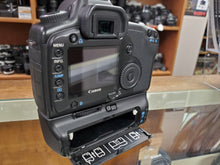 Load image into Gallery viewer, Canon 5D, 12.8MP, 4 batteries, Canon Grip, 3 Months Warranty, Used Condition: 9.5/10