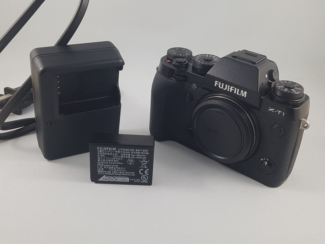 Fujifilm X-T1 16MP, 8 FPS, 3
