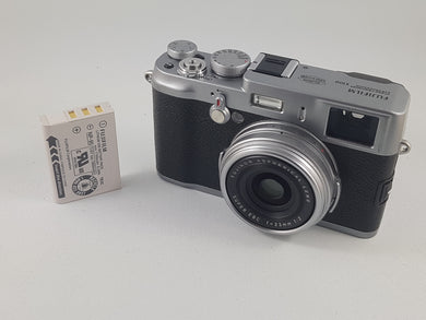 Fujifilm X100 12.3 MP APS-C CMOS EXR Digital Camera w/ 23mm Fujinon Lens- Used Condition 9/10 - Paramount Camera & Repair