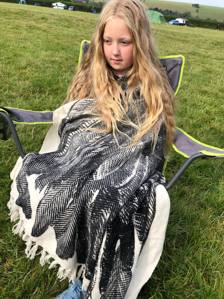wool blanket with feather motif ohhfleur