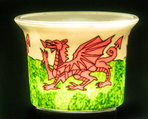 Red Dragon Tealight Holder - Siop Y Pentan