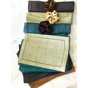 Raffia Placemats with Matching Serviette Rings - LaLunaLifestyle