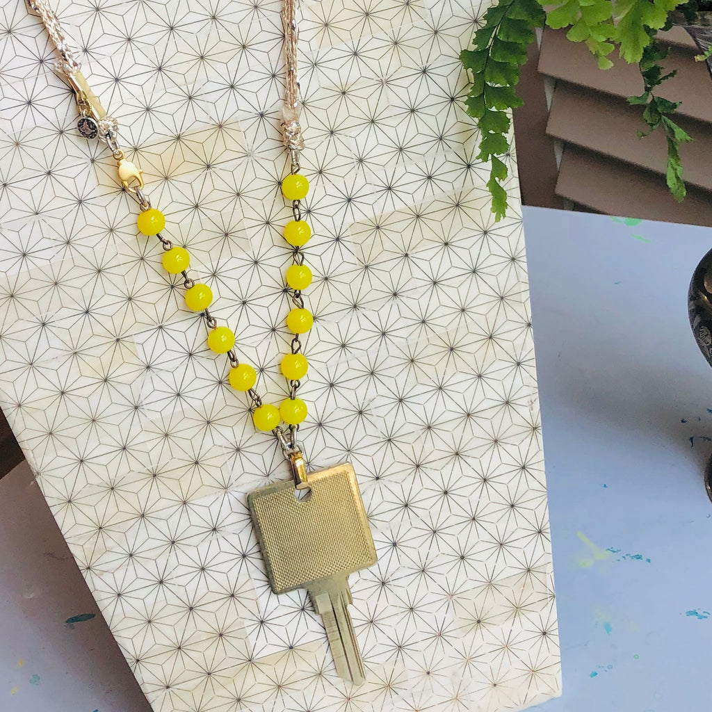 Gold Key Necklace I Glitter Beaded Chain