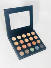 Load image into Gallery viewer, Eyeshadow Palette - Au-Naturele