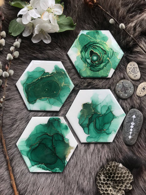 VitatiungArt Tile Coasters Set Green and Gold