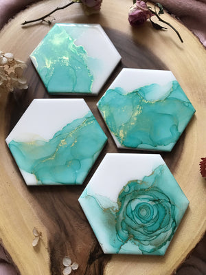 VitatiungArt Tile Coasters Set Mint Green and Gold