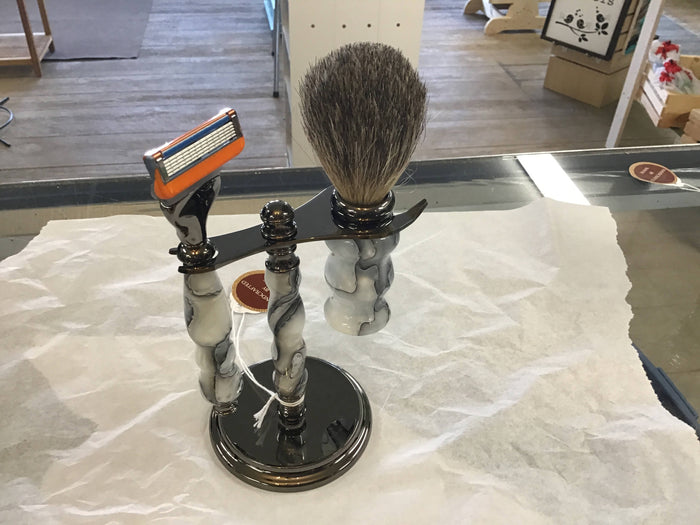 Handcrafted acrylic shaving set white and black