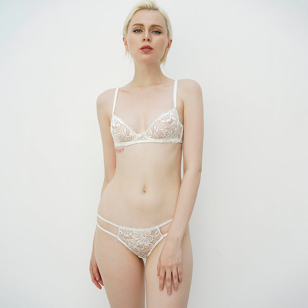 05-Flowery cutwork string panty (White) Z0519PAN06