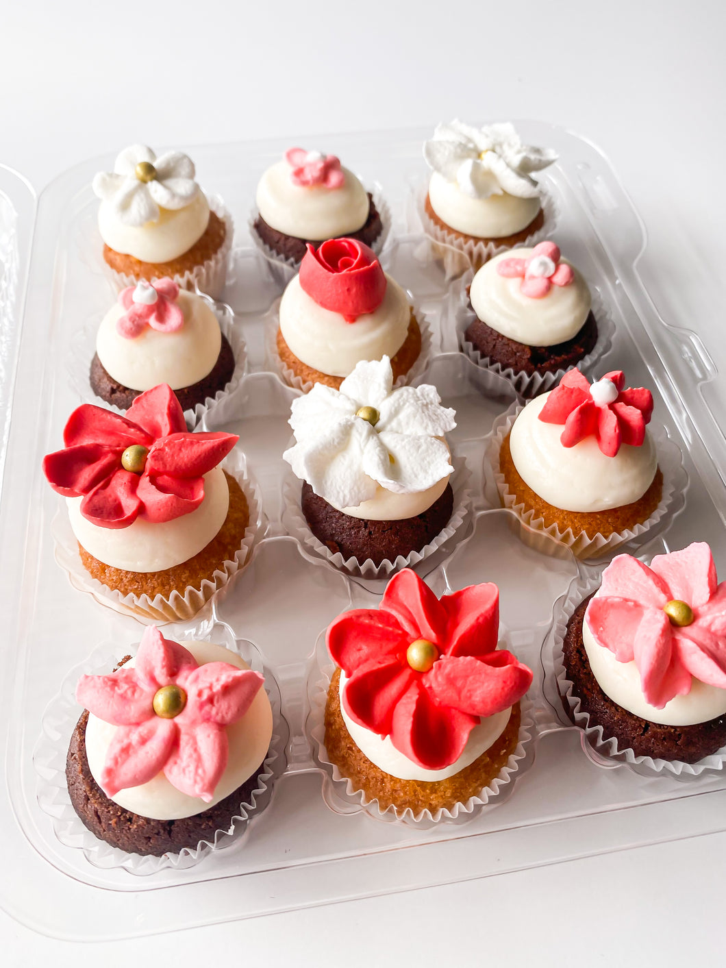 Mother's Day Mini Floral Cupcakes