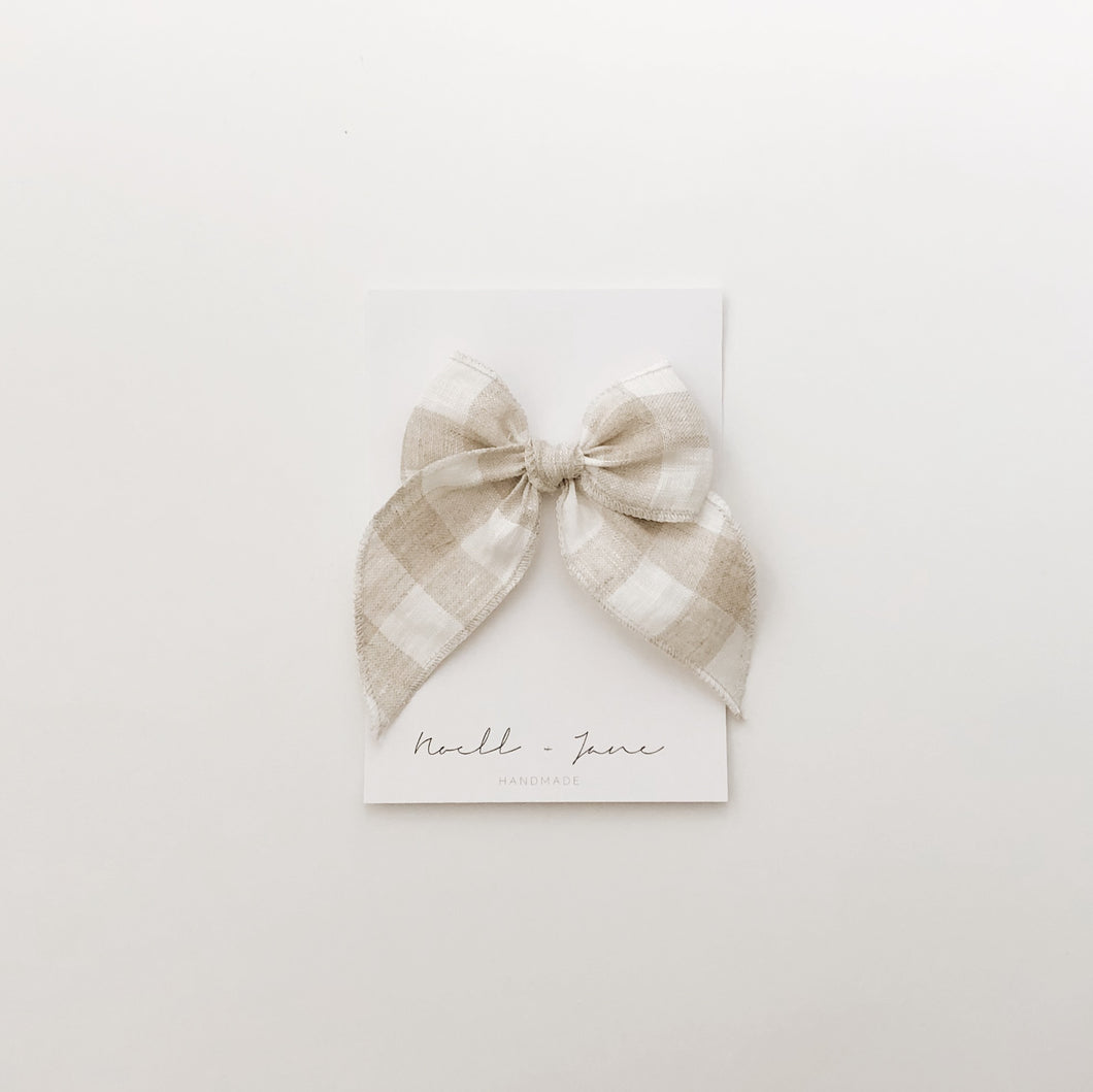 Sailor bow - natural check