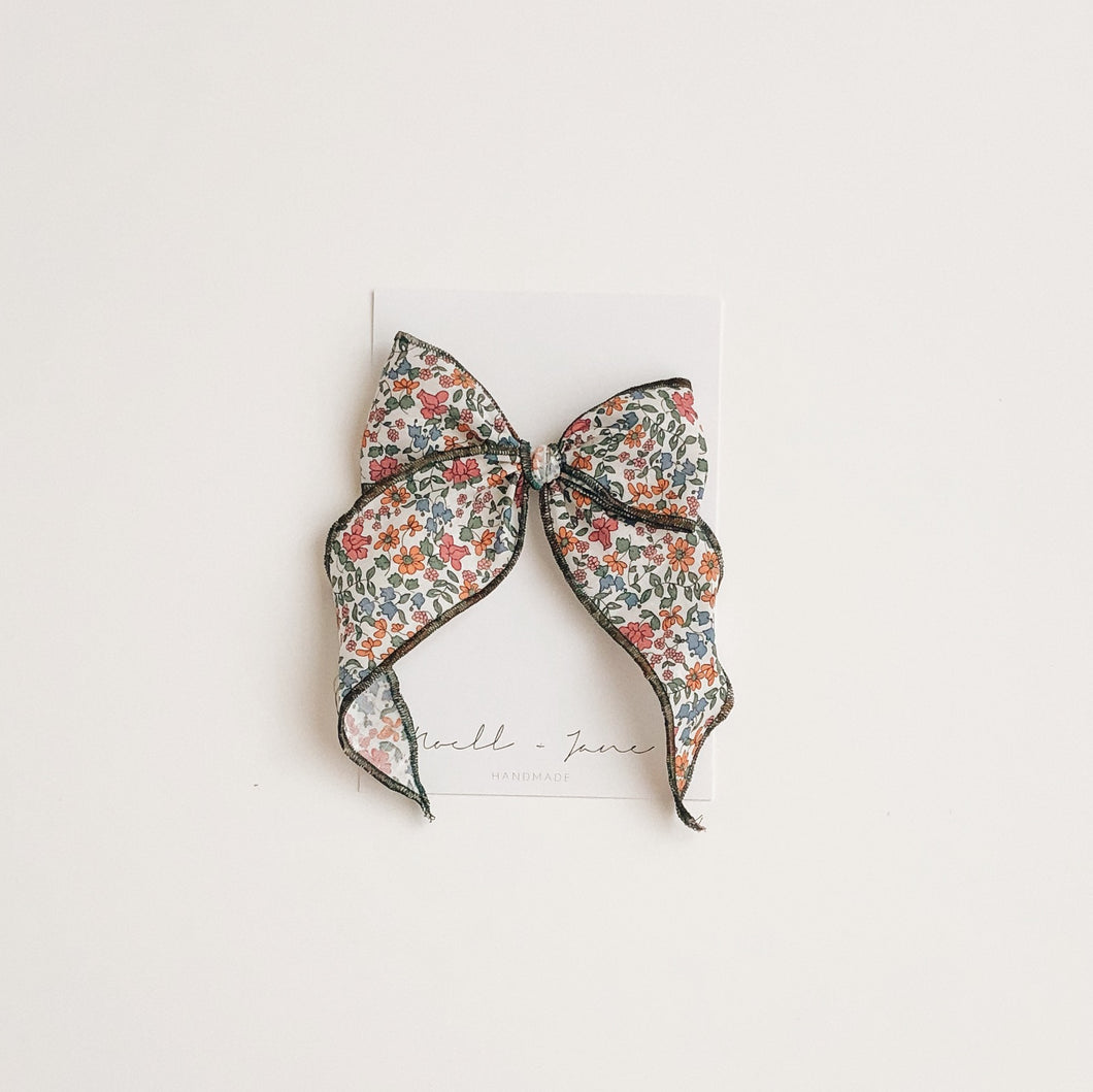 Sailor bow - fall floral
