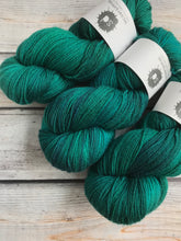 Load image into Gallery viewer, Polwarth Silk DK in Scarab