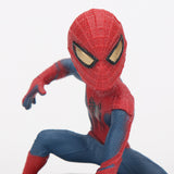photo vue de face d'une mini figurine spiderman