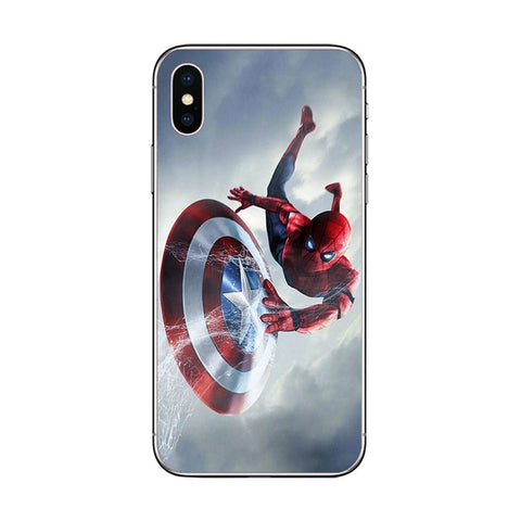 photo vue de face de la coque iphone spiderman avengers