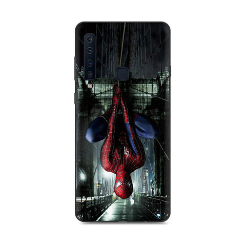 photo vue de face de la coque samsung spiderman pose
