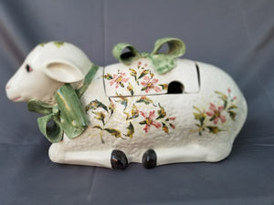 ITALIAN LAMB TUREEN-SMALL CHIP ON HANDLE