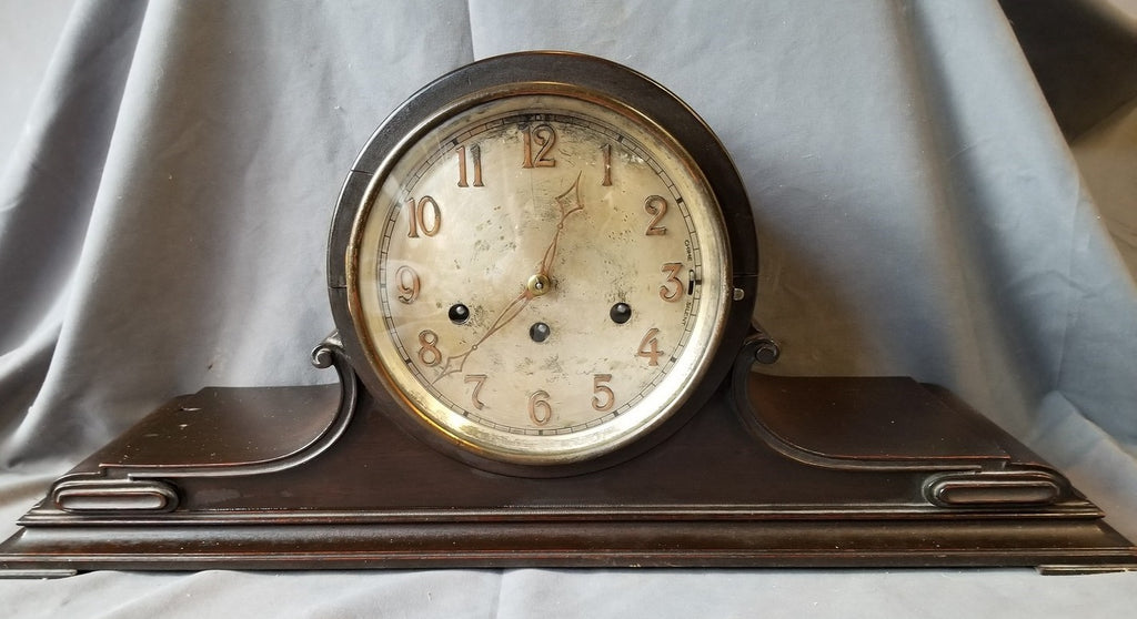 AMERICAN MANTLE CLOCK WITH GERMAN MOVEMENT