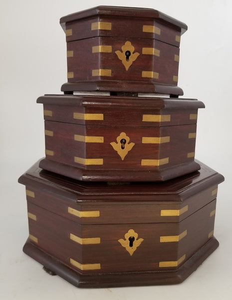 SET OF 3 FITTED OCTAGON SHAPED BOXES WITH HINGED LIDS