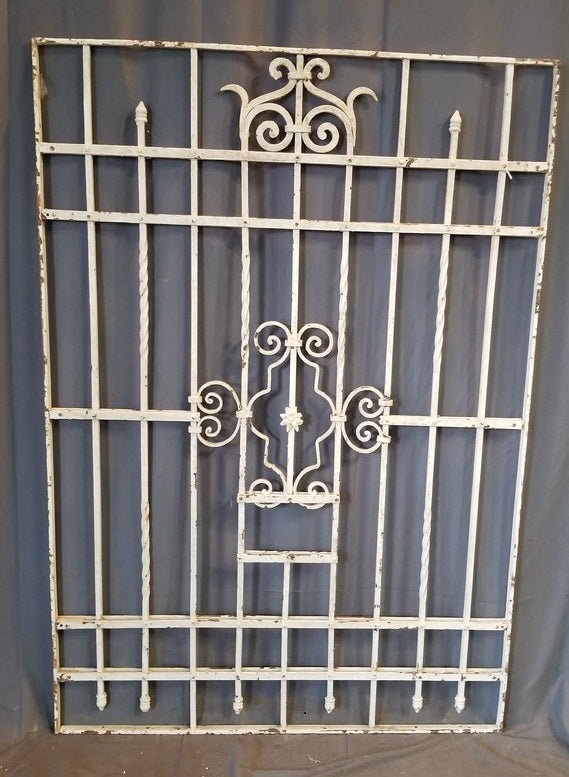 QUALITY IRON FENCE SECTION PAINTED WHITE 44