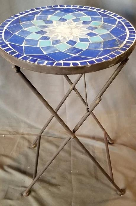 SMALL TILE CHARD TABLE