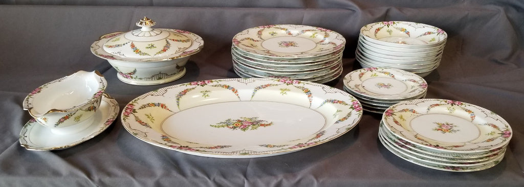 NORTAKE ROSEDALE LUNCHEON SET