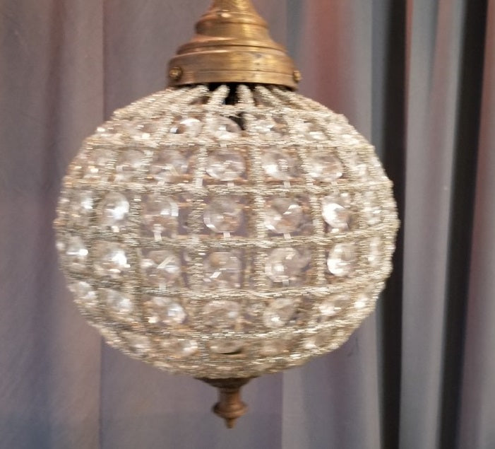 SMALL CRYSTAL PRISM GLOBE CHANDELIER