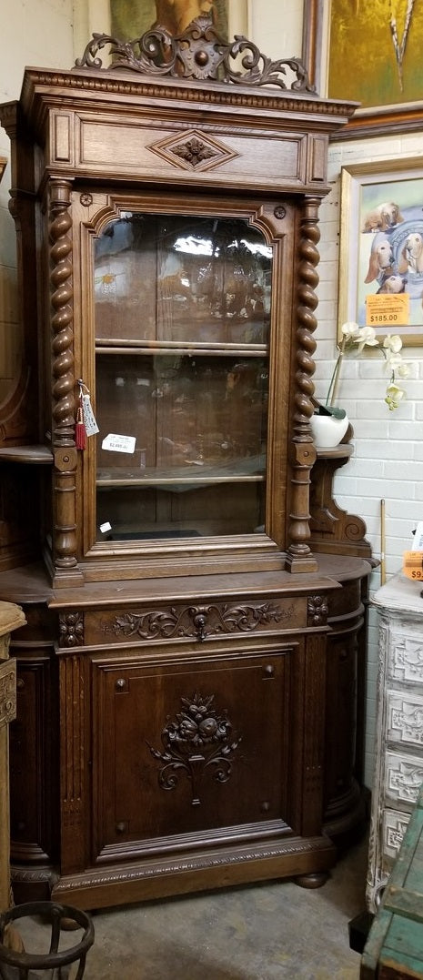 LARGE OAK BARLEY TWIST CORNER CUPBOARD