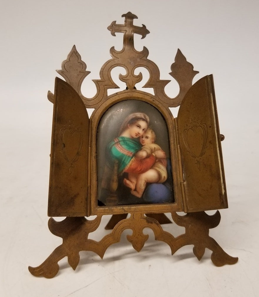 MADONNA AND CHRIST CHILD ICON - (SLIGHT BEND TO CROSS)