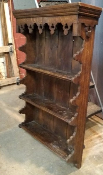 ENGLISH OAK GOTHIC 19TH CENTURY WALL SHELF