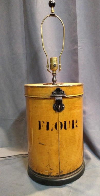 OLD FLOUR TIN YELLOW LAMP