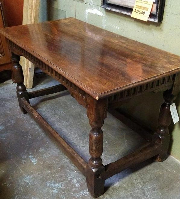 EARLY PEGGED OAK TUDOR TABLE