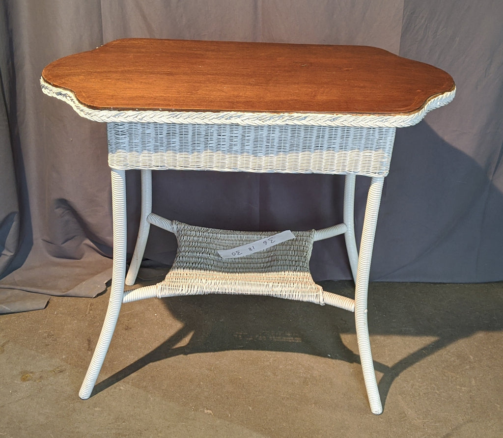 AMERICAN WHITE WICKER TABLE WITH WOOD TOP