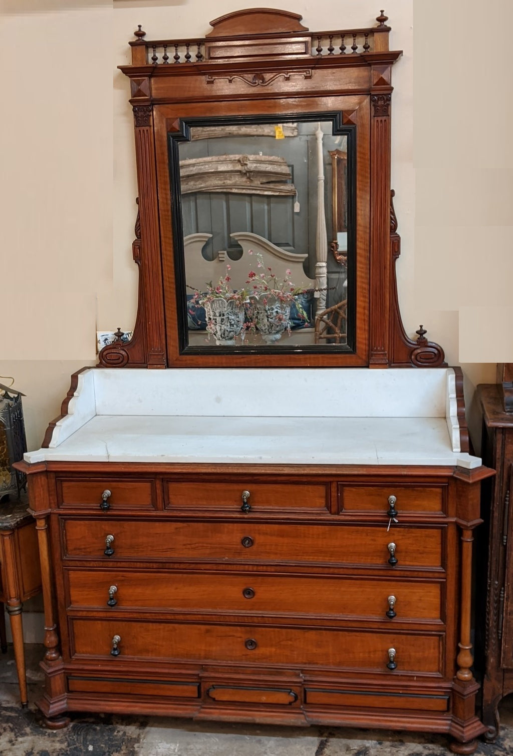 FRENCH MAHOGANY MARBLE TOP DRESSER/WASHSTAND WITH MIRROR