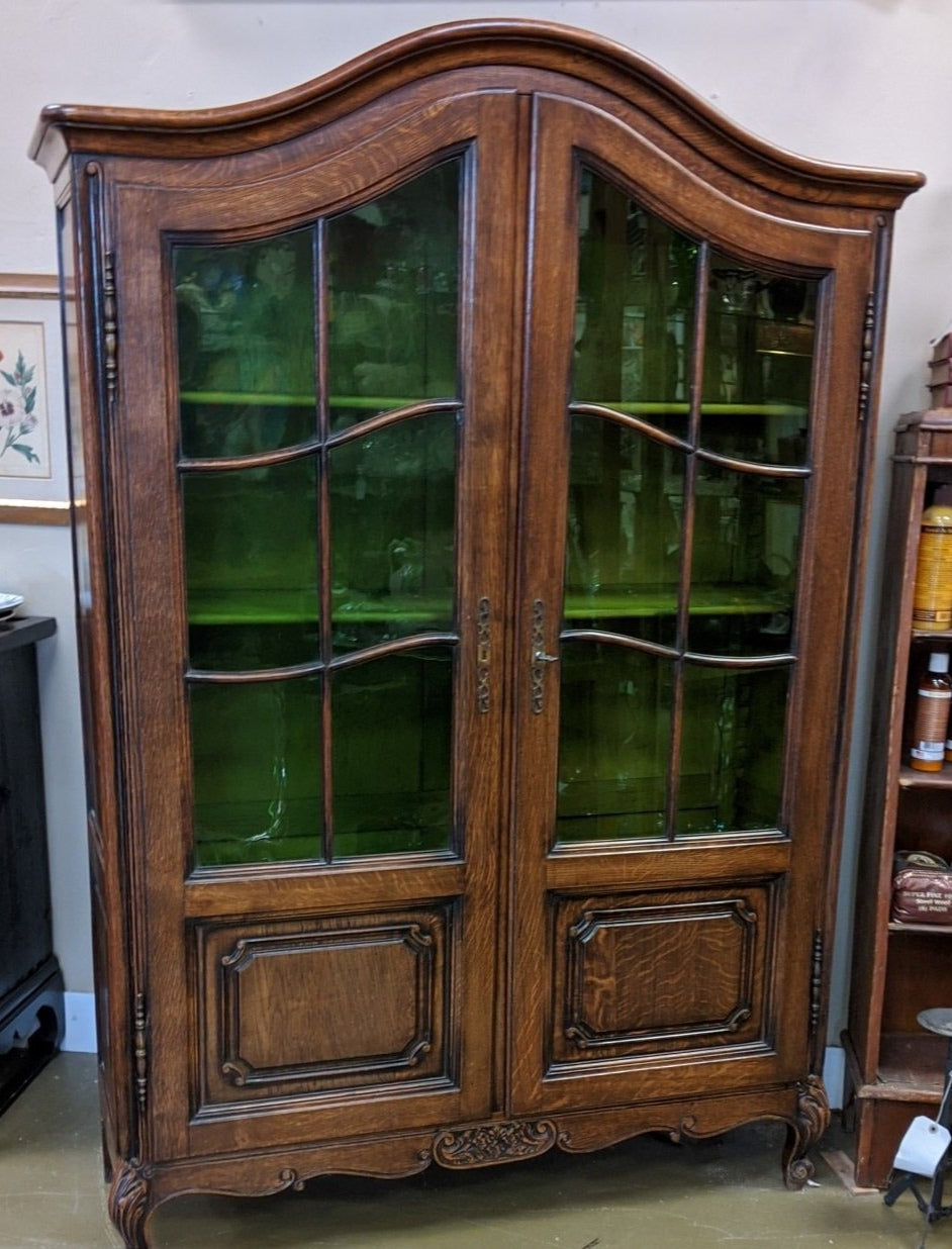 COUNTRY FRENCH OAK  CHINA/BOOKCASE WITH GREEN GLASS