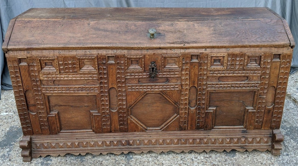 18TH CENTURY OAK CHIP CARVED FLEMISH DOMED COFFER