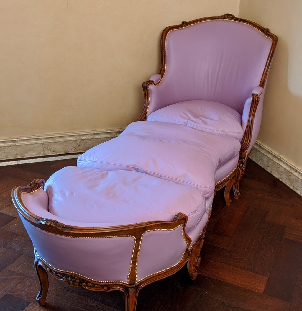 LOUIS XV RECAMIER WITH LEATHER UPHOLSTERY