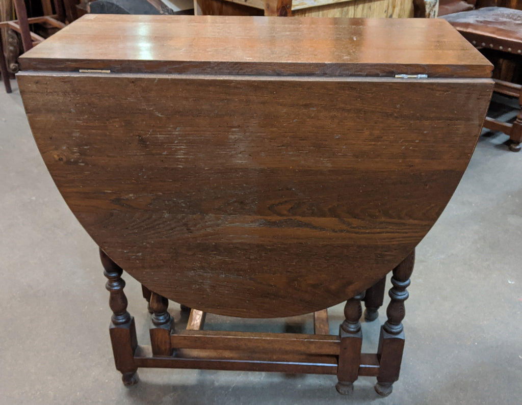 OAK DROP LEAF TABLE WITH DRAWER
