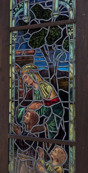 SUPERB TALL WOMAN AND CHILDREN RELIGIOUS STAINED GLASS WINDOW