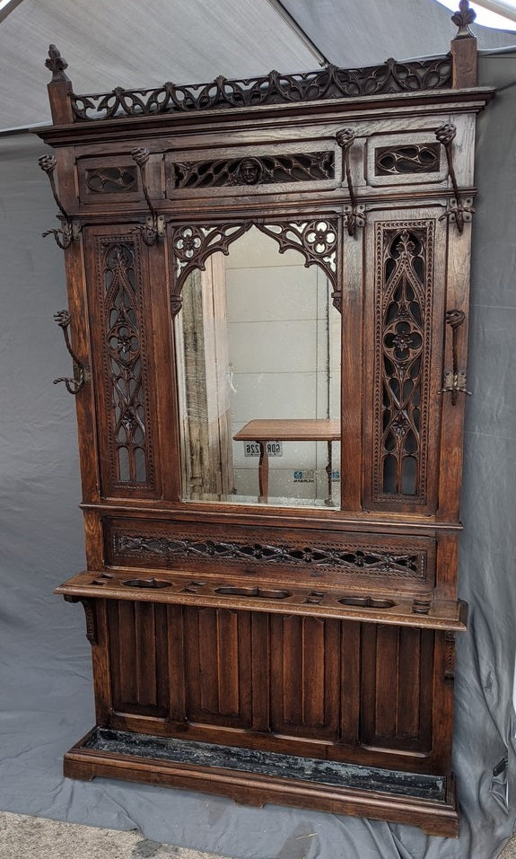 GOTHIC OAK CARVED HALL TREE