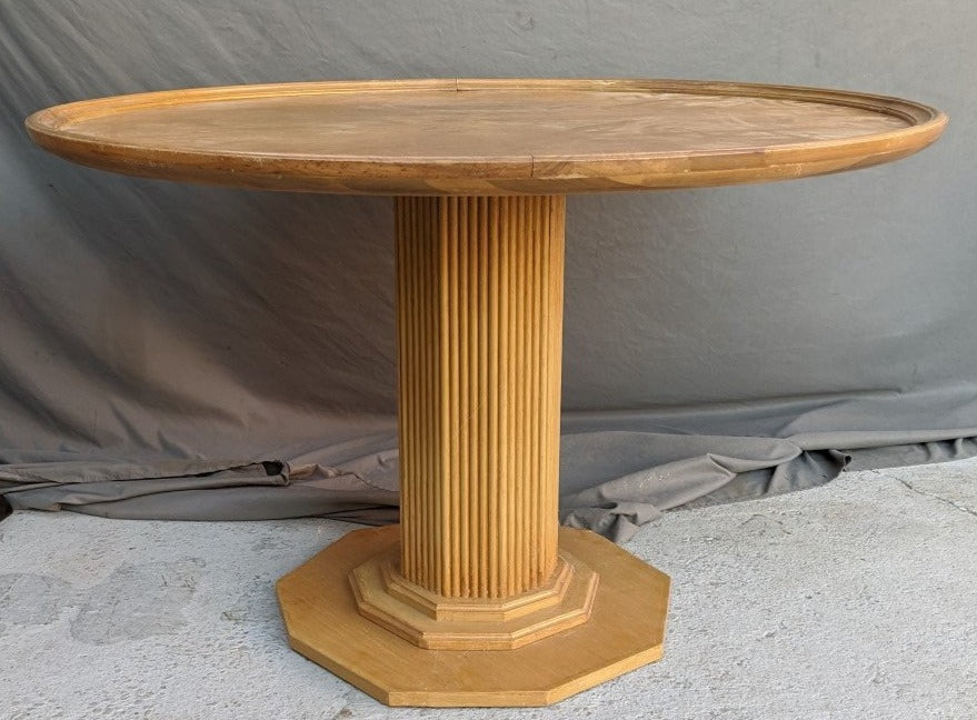 ROUND FLUTED PEDESTAL TABLE