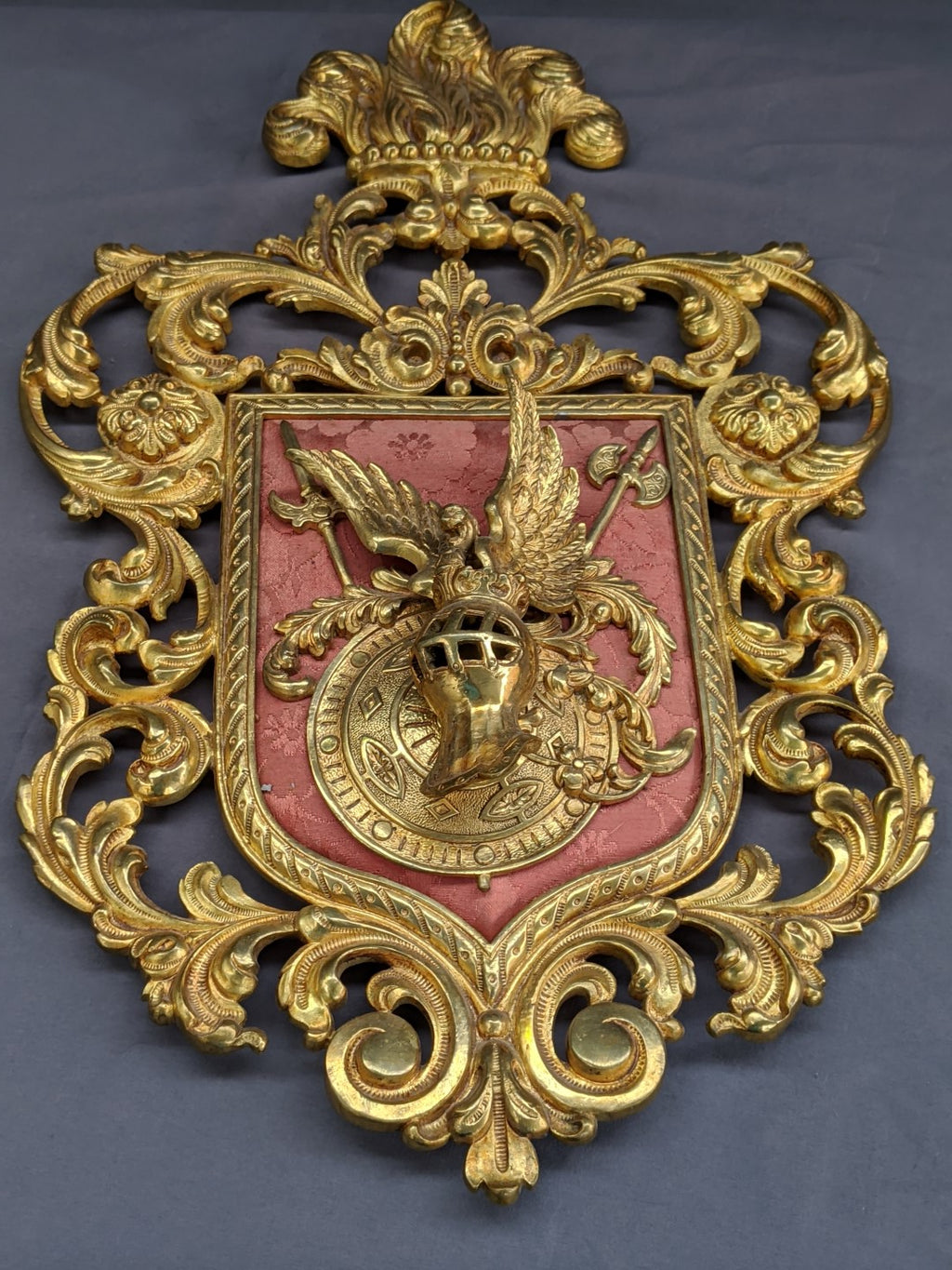 BRASS FANCY COAT OF ARMS