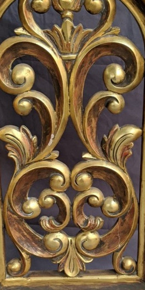 GOLD DECORATIVE LEAFY ARCH FREE STANDING