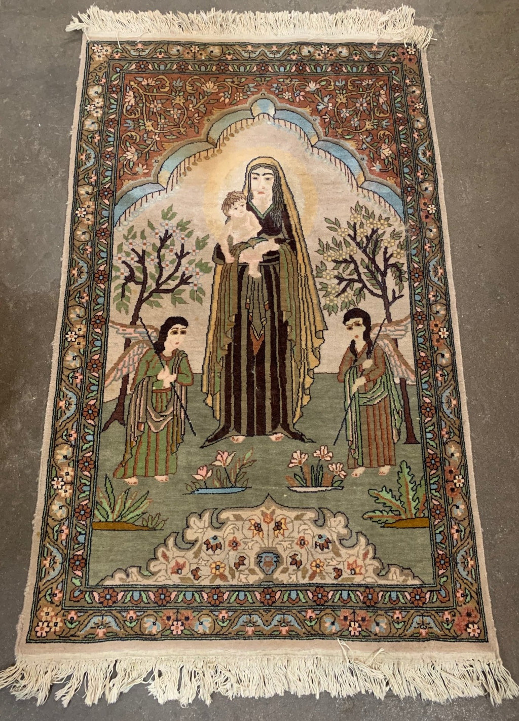 PERSIAN HAND TIED RUG WITH MADONNA AND CHILD